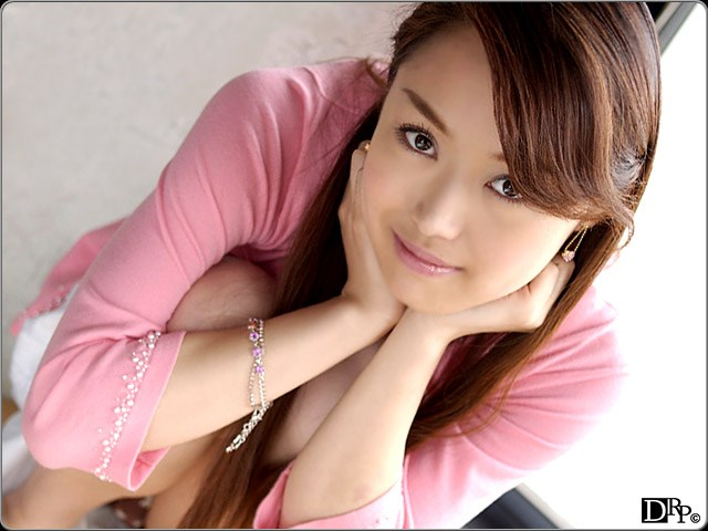 Miku Adachi – TYC 2  (/)