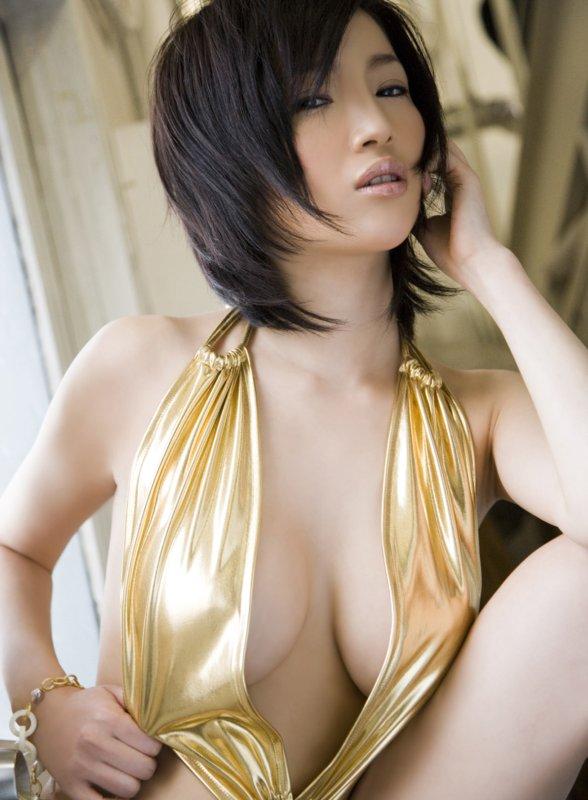 Yuuri (Yuri) Morishita – Pack (censored)